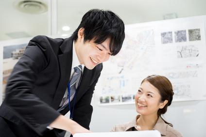 ビジネスイメージ(新入社員・女性の活躍・チームワーク)