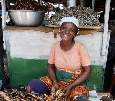 Marktfrau in Ghana